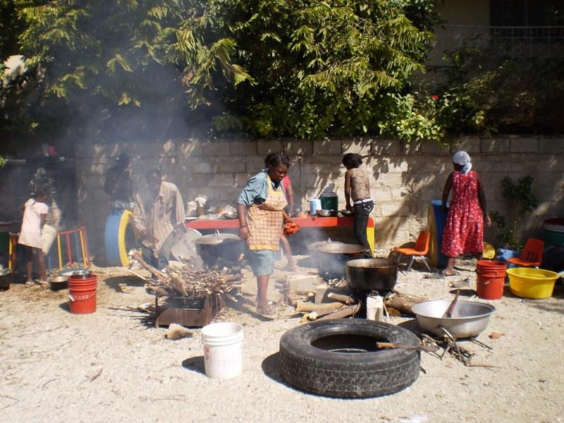 Port-au-Prince, Jan 2010, after the quake, 3 | AMURT
